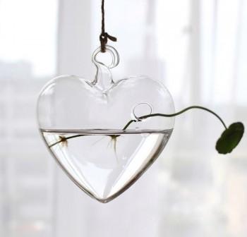 Lọ cây treo thủy tinh trái tim