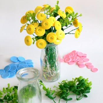 Lọ hoa cúc áo
