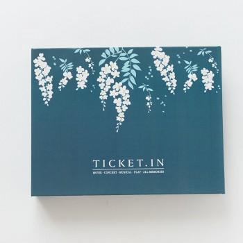 Ticket album hoa trắng